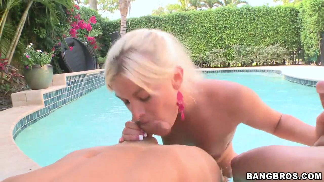 Sexy african girls big boobs Naked FuckBook