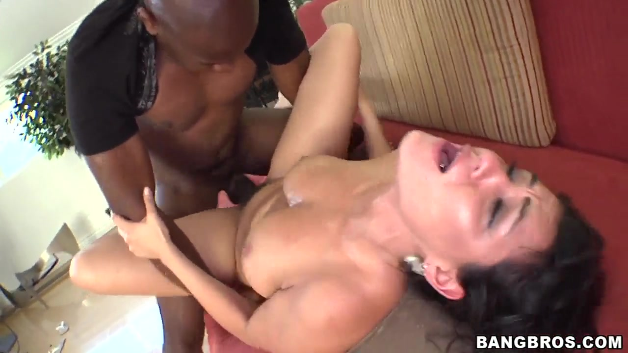 Charley Chase accomplishes this uneasy task of sucking whalebone Hamilton hookup