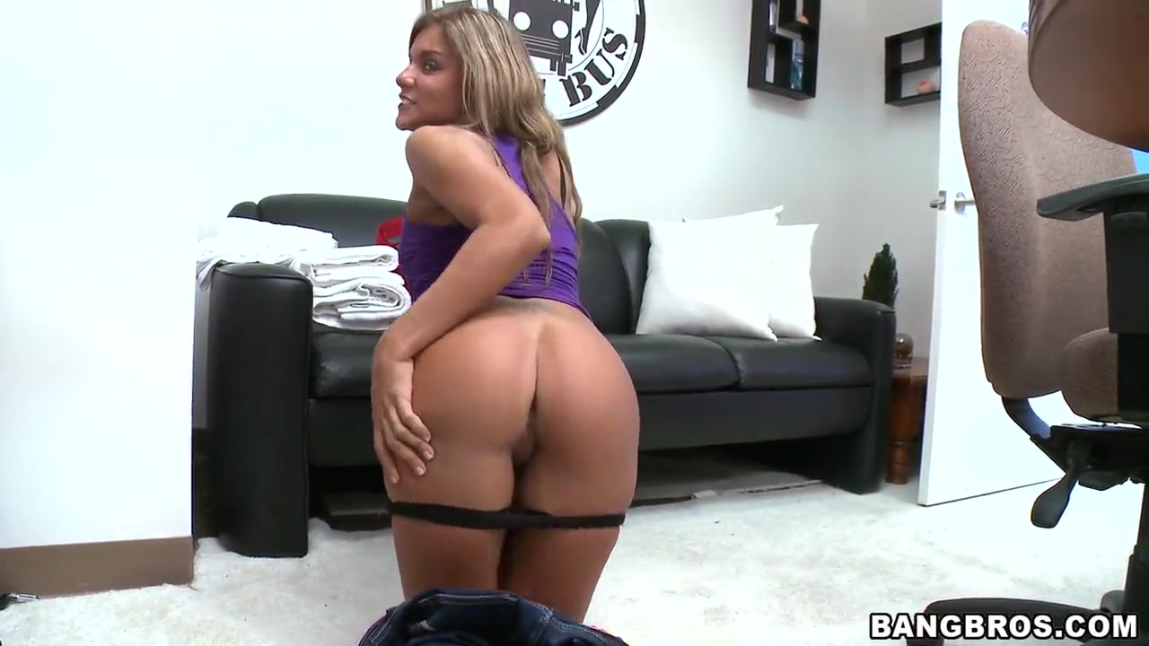 Quality porn Monica dating who