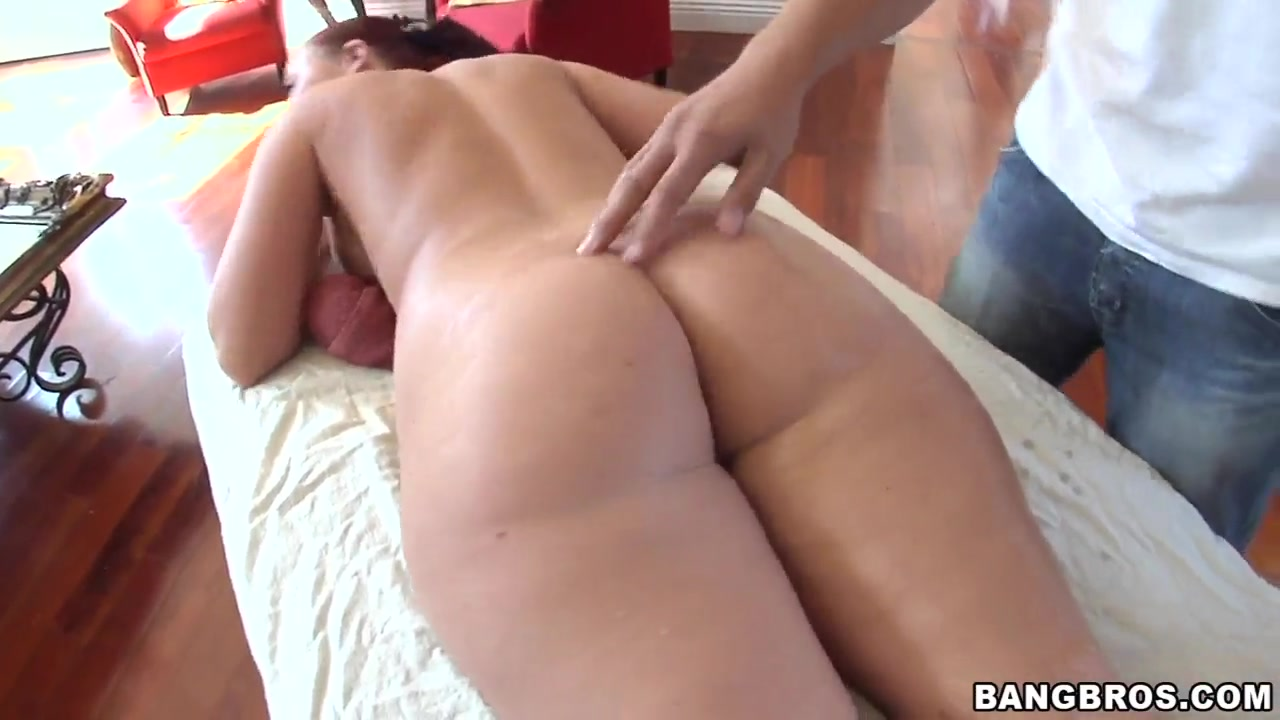 Heavy chested redhaed Sophie Dee gets massaged Big ass arab fingering the greatest arab