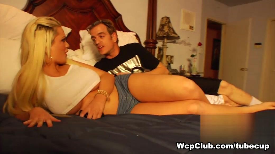 Hot Nude Pewdiepie plays 1dreamboy 2 dating