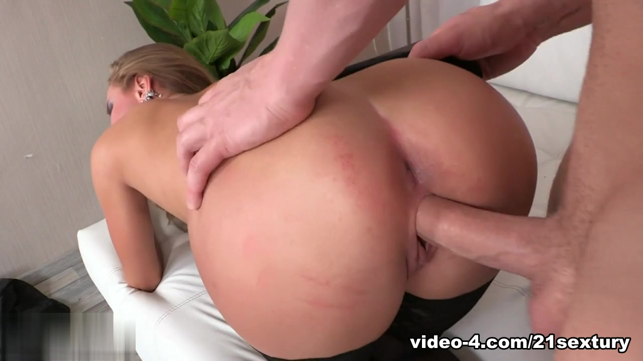Porn Pics & Movies Free online porn black on brunette