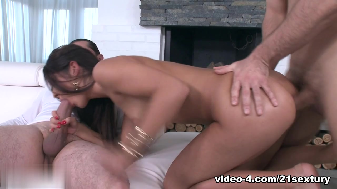 Linsey lust blowjob & facial - ljforeplay Adult archive