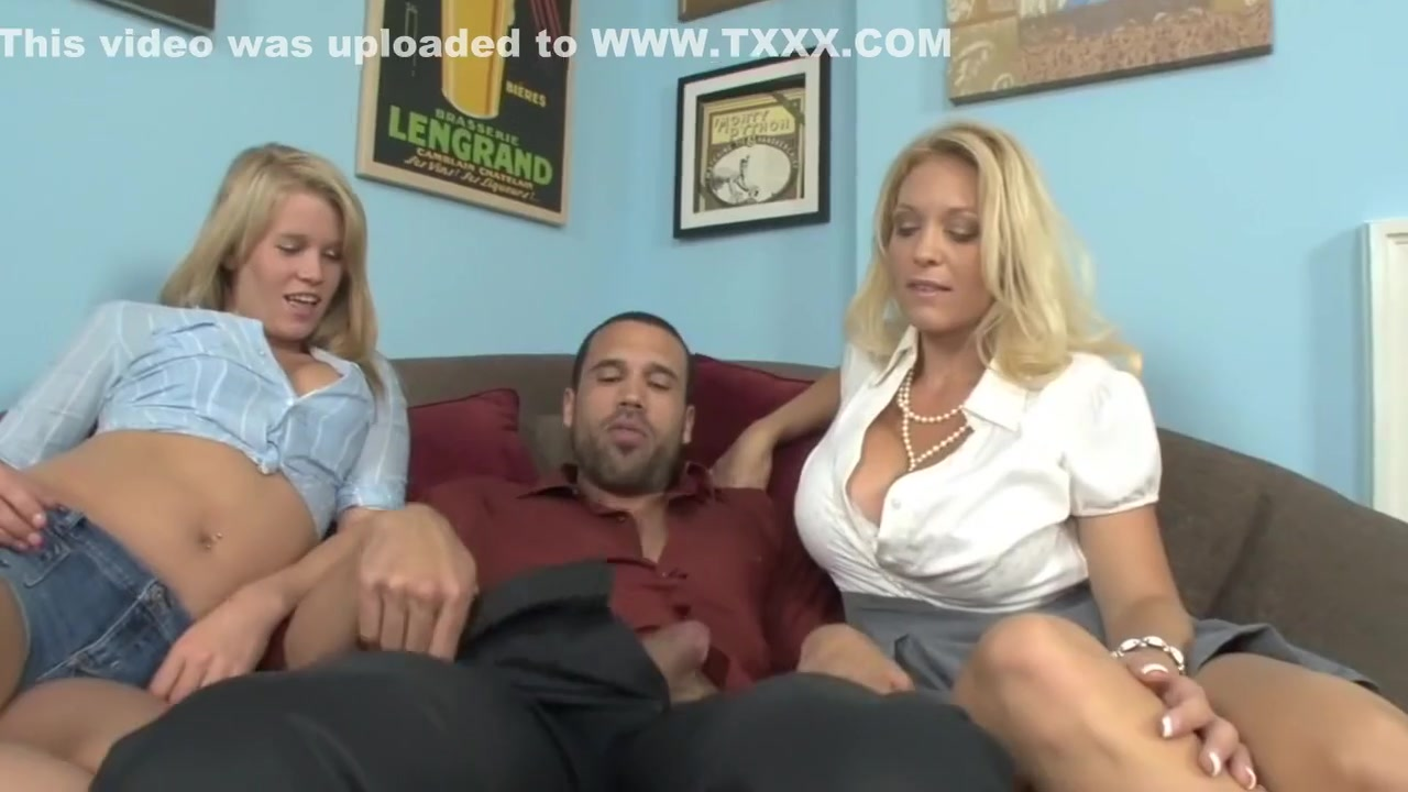 xXx Videos Exotic Lesbian Redhead porn video