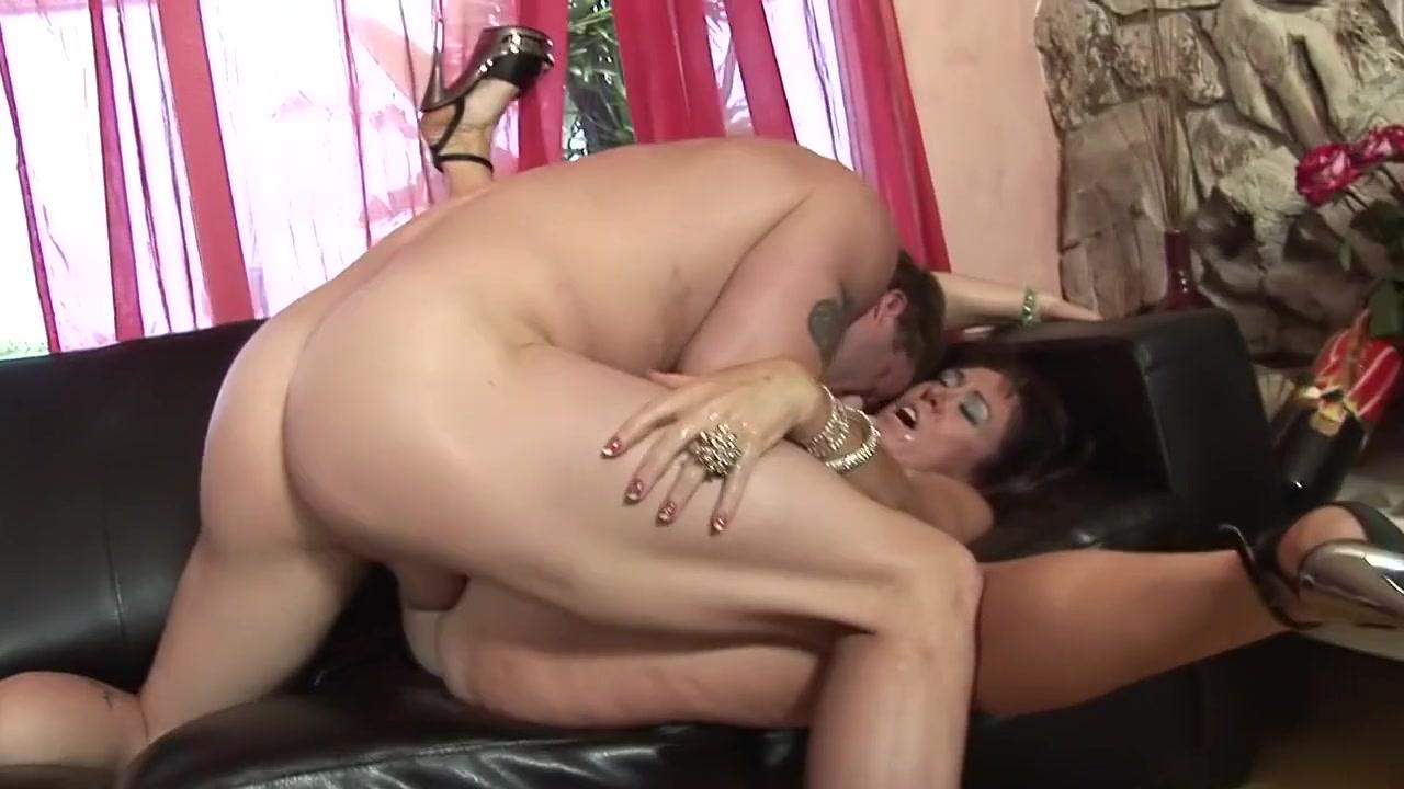 Naked Porn tube Bmo card master mosaik