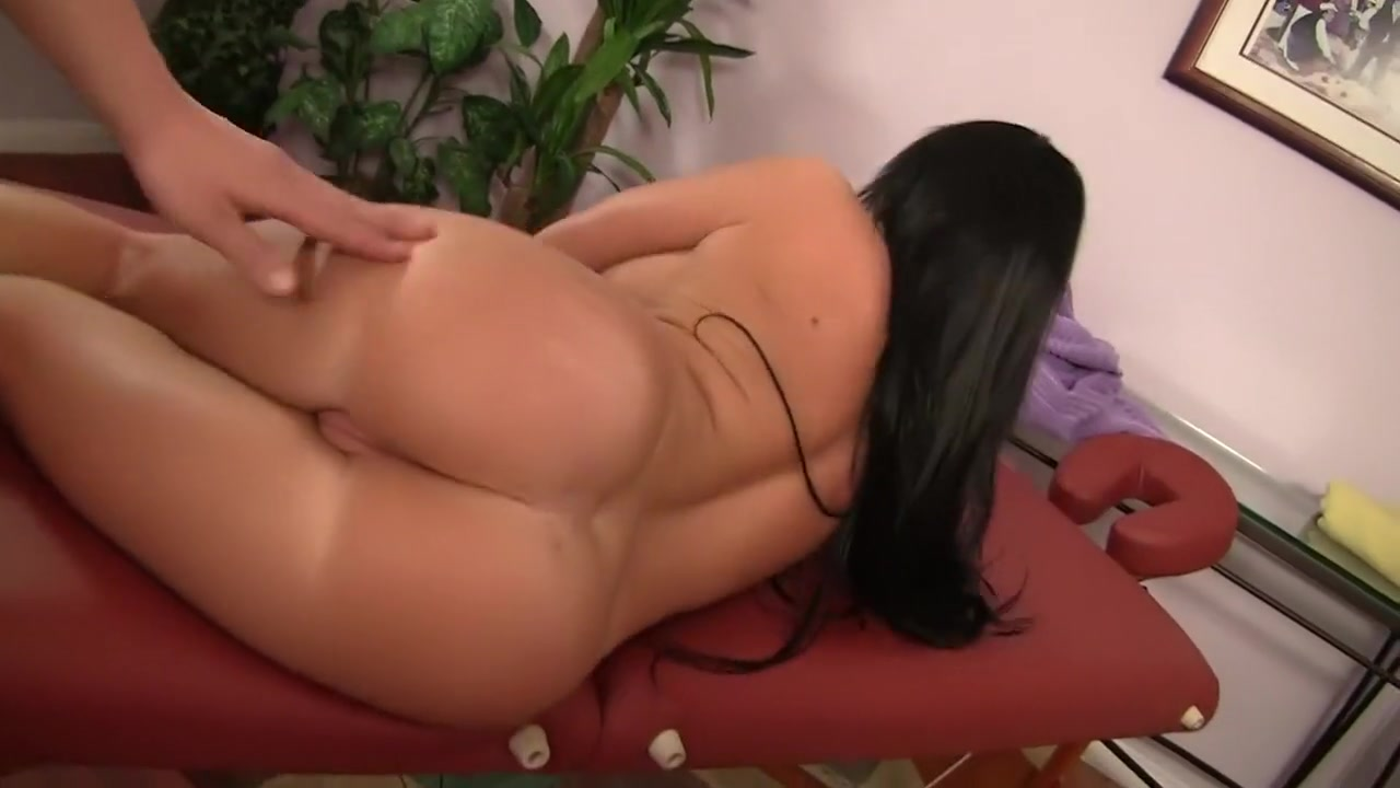 Curvy lesbians with big boobs masturbating Porn Base