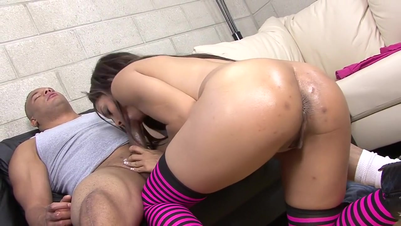 Pics and galleries Ebony takes monster white cock