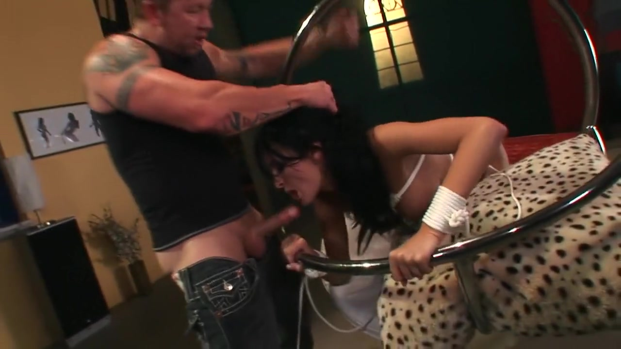 Bigtits masseuse fingers xXx Videos