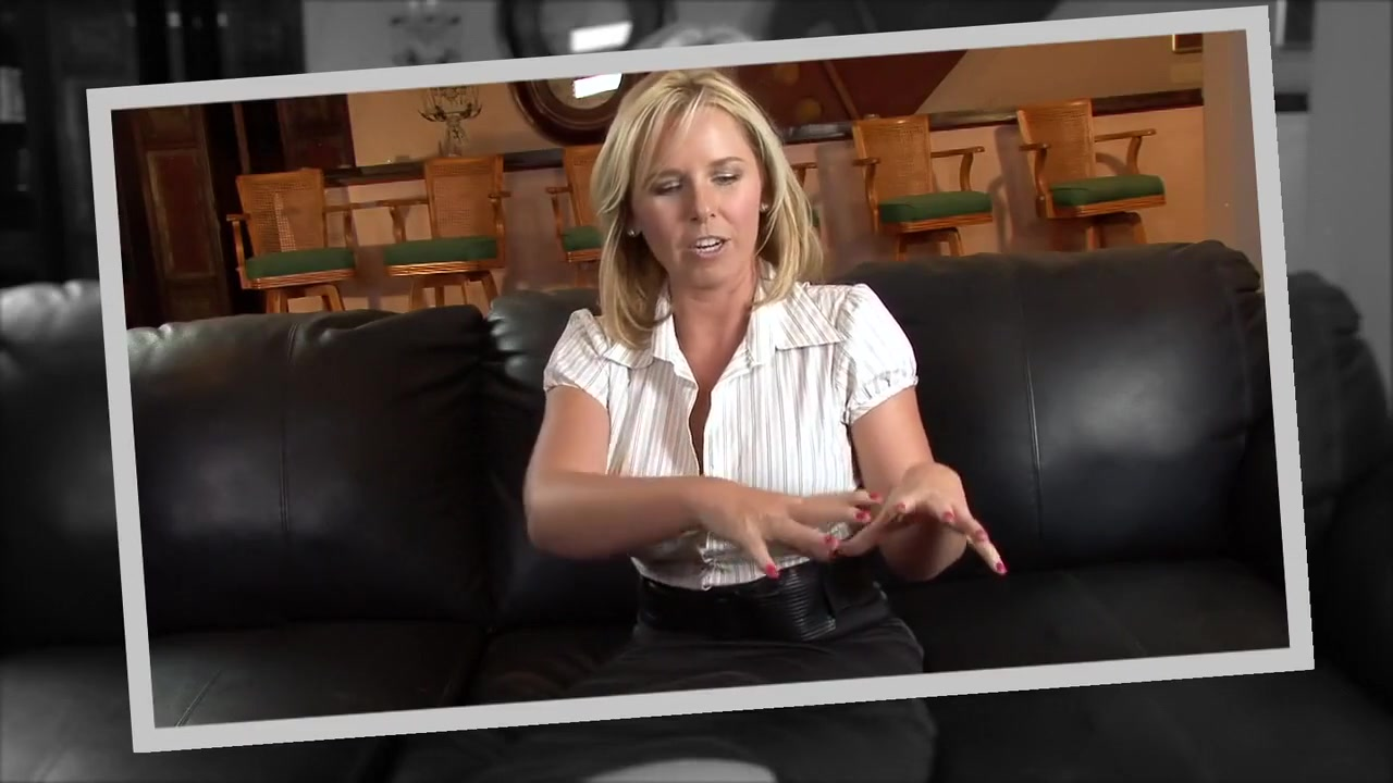 Mature spread legs New xXx Video