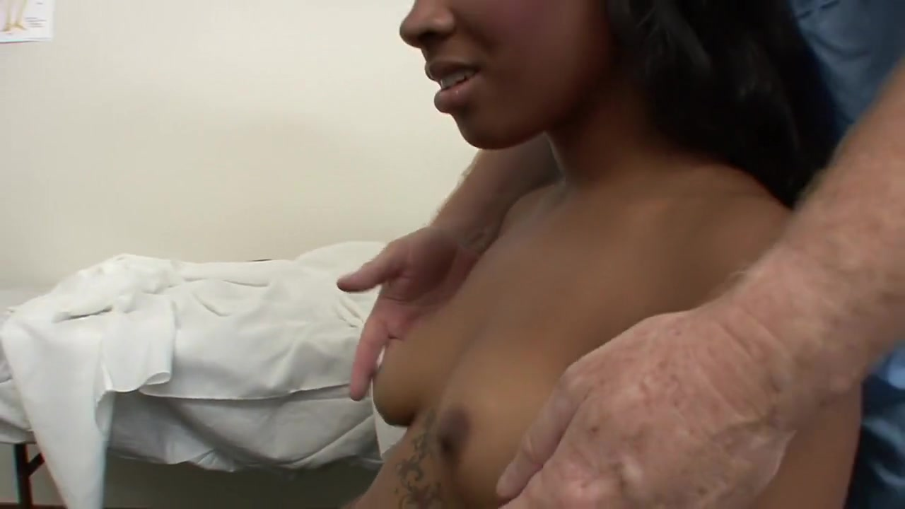 Nude gallery My hot aunt fucked me video