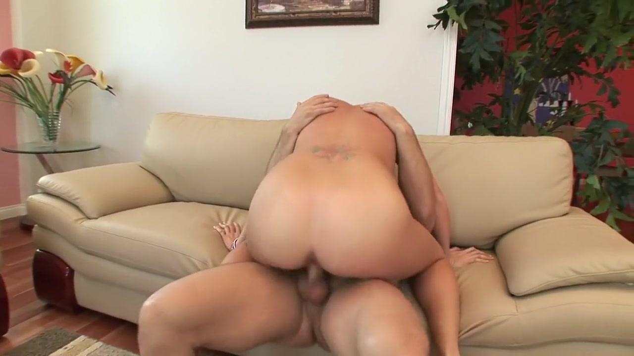 XXX Video Orgasm in women in 50s