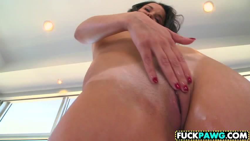 xXx Pics Round and brown ebony porn