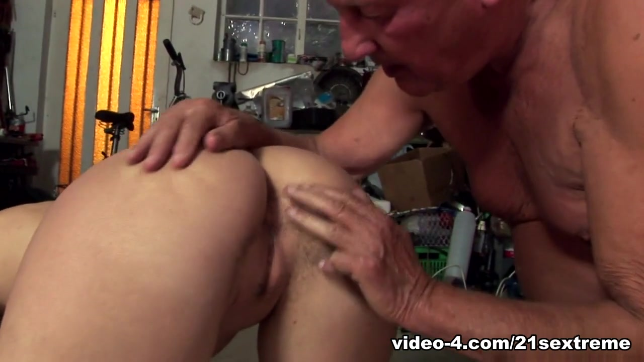 XXX Porn tube Very sexy naked ladies