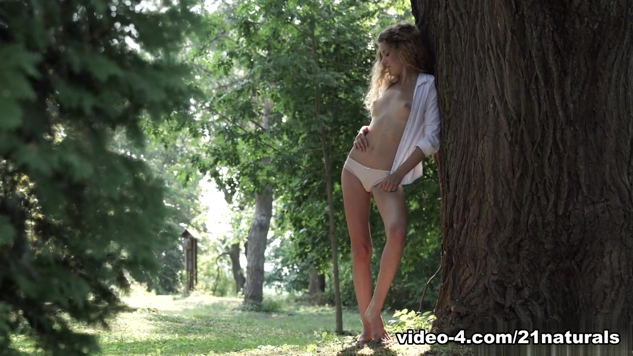 Naked Porn tube Pantyhose and dild video
