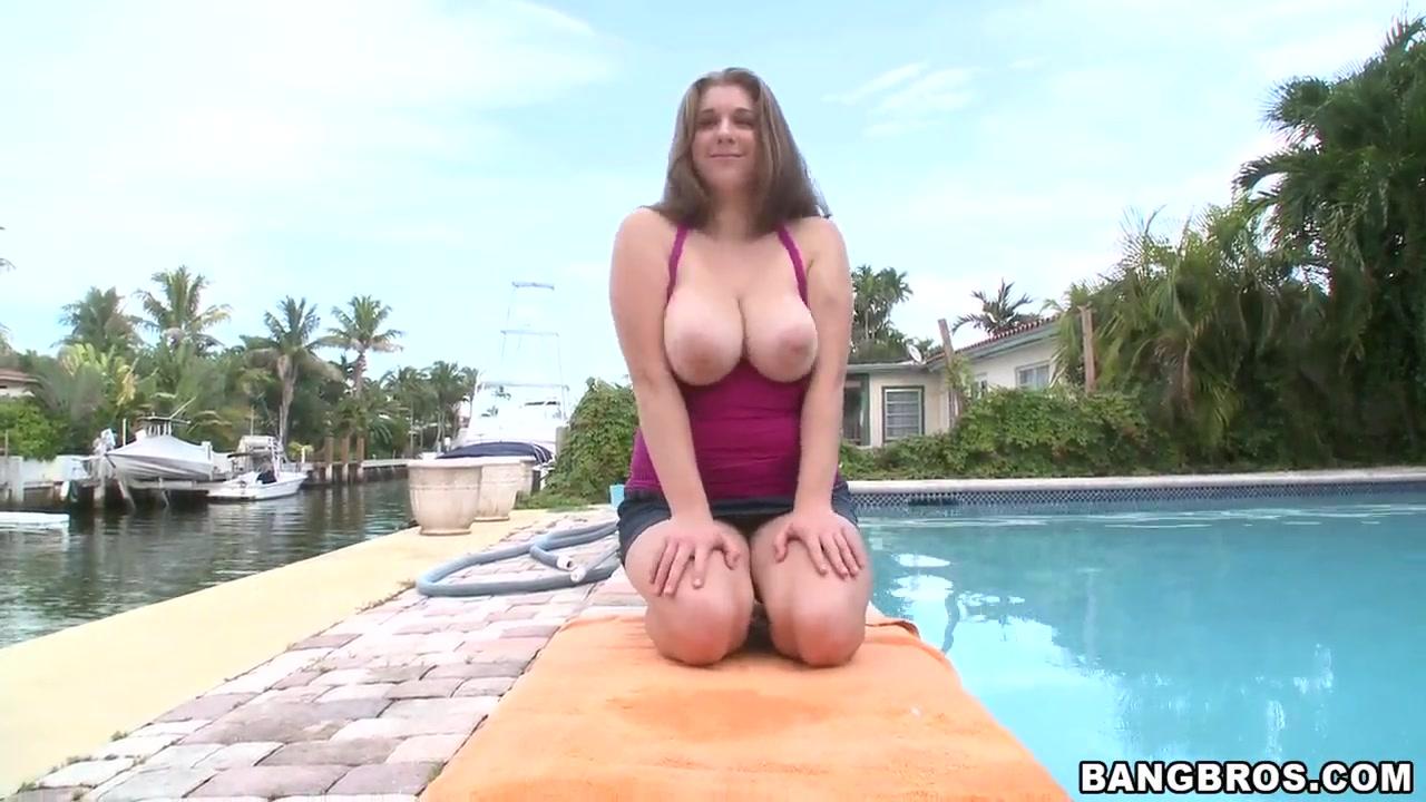 Bbw have a shower Naked Porn tube