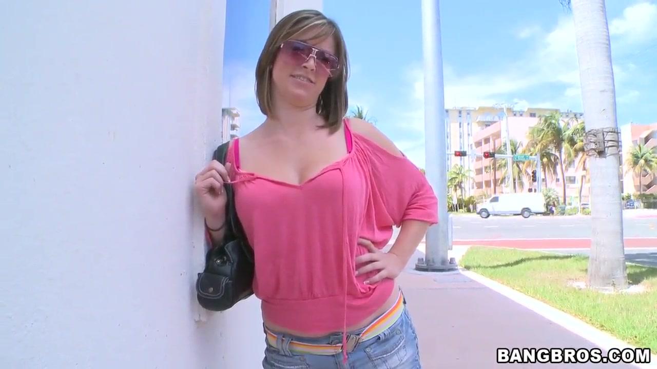 discreet sex under beach towel porn Porn tube