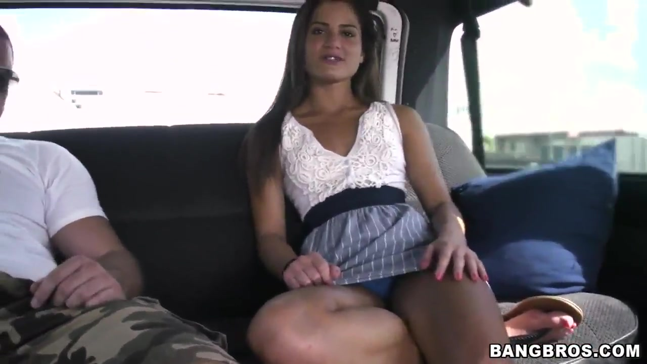 Sexy college girl Chichi gets seduced in the bus to have a fun time Milf ass galleies