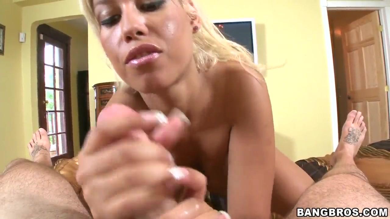 Bbw blows hubby on hidden cam Hot Nude