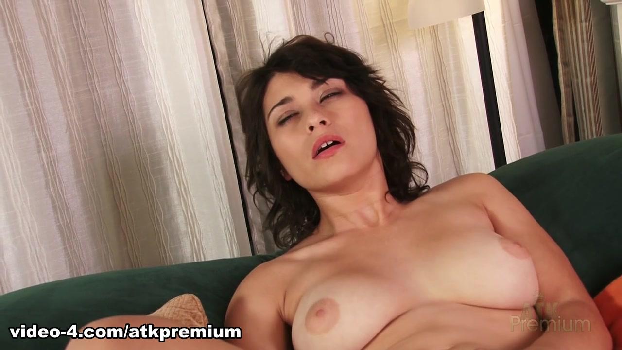 Sonam kapoor nude Quality porn