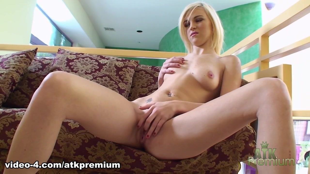 laura berman female vibrators Naked FuckBook