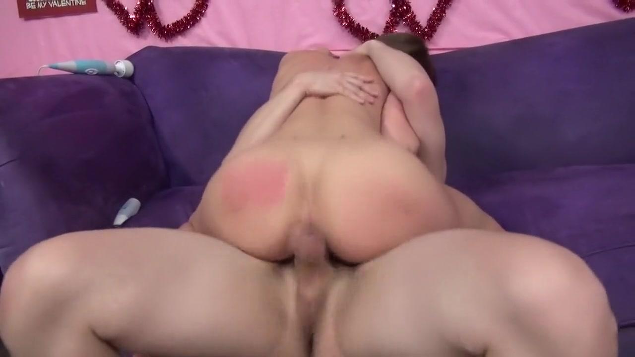 Real fuzzy lez fingering Nude gallery