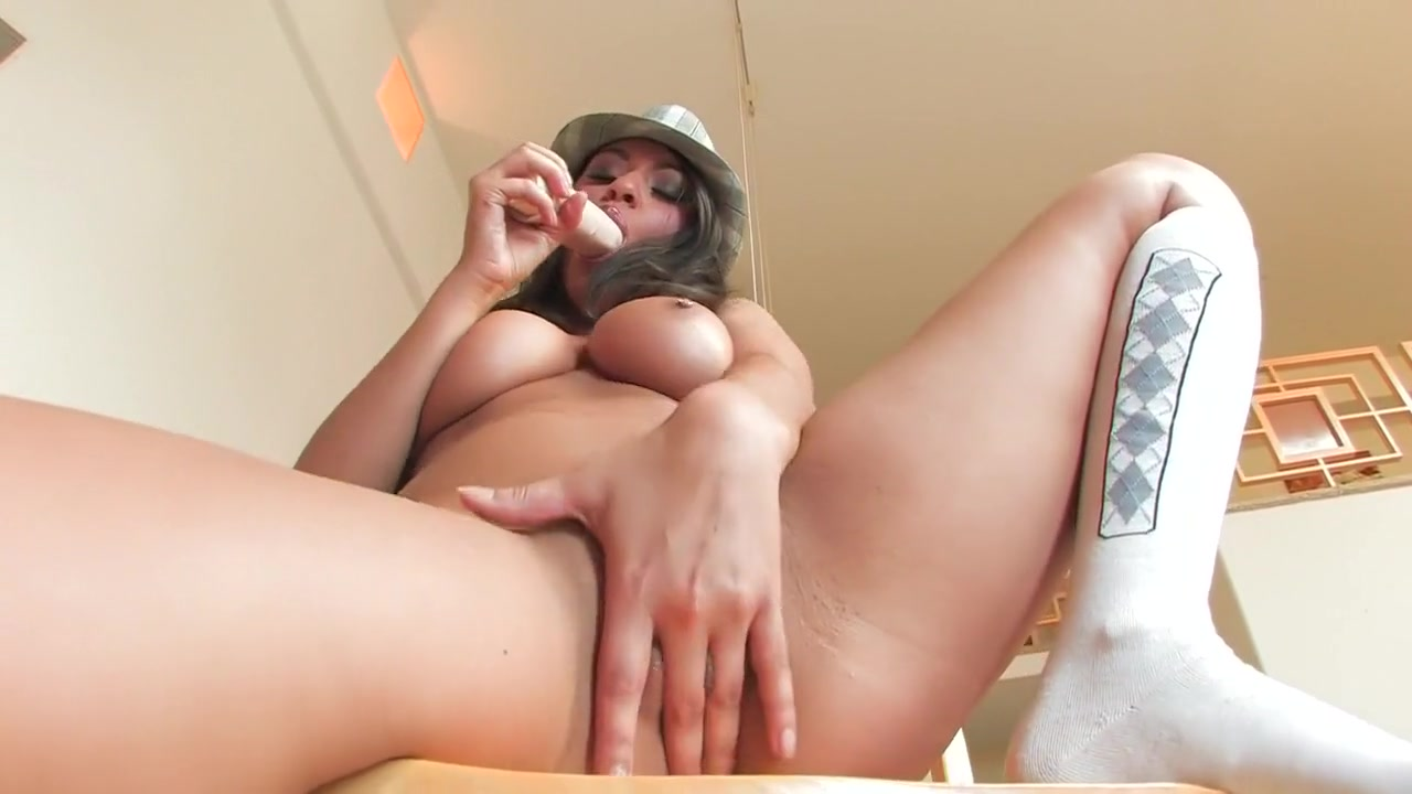 Ballbusting sexy guy girl v
