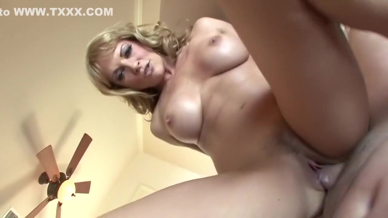 Pics and galleries Hot milf housewife