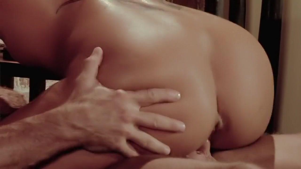 Hot nude girl back Nude pics