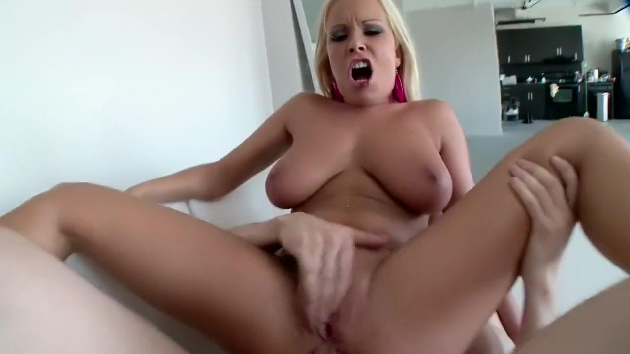Pron Pictures Big tit redhead porn