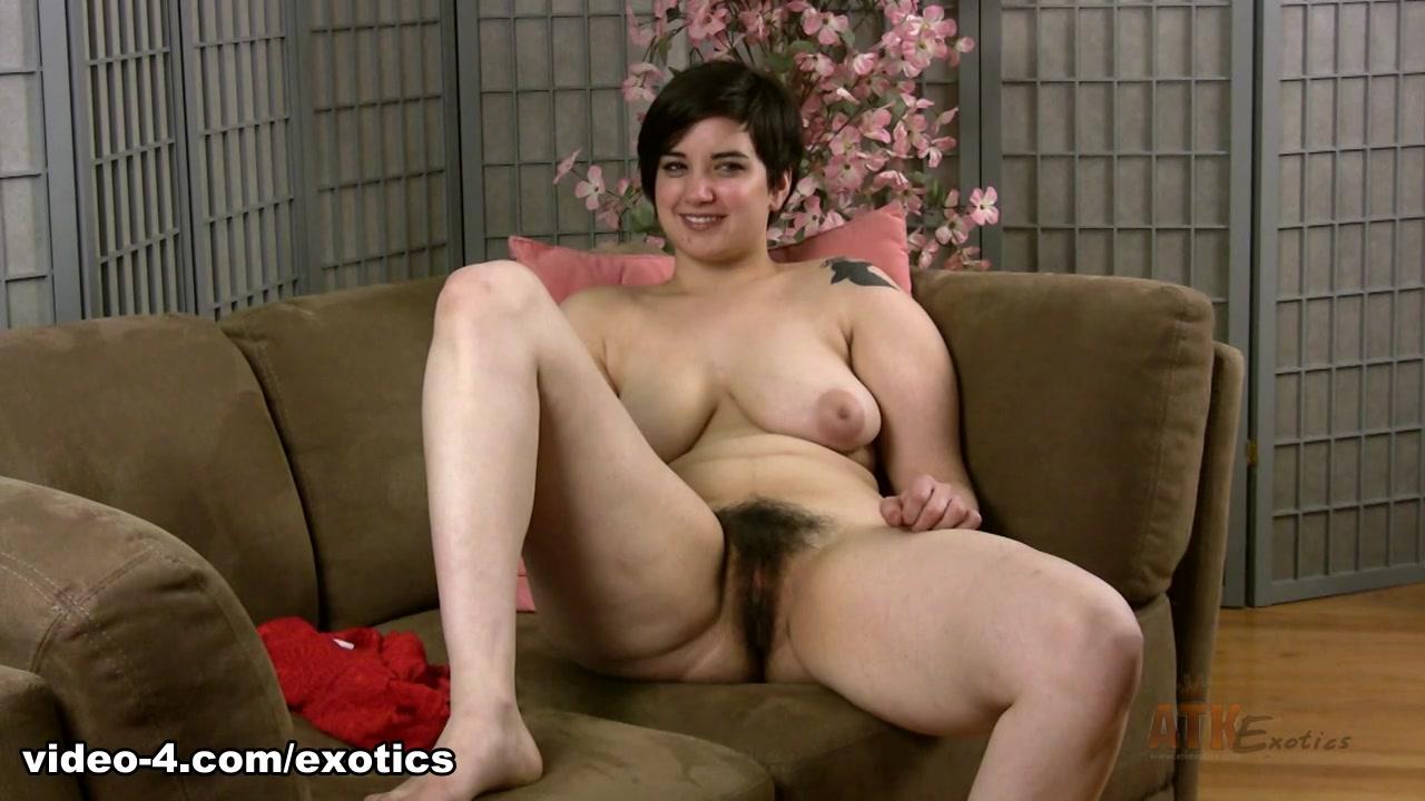 Sex photo Candid mature latina booty