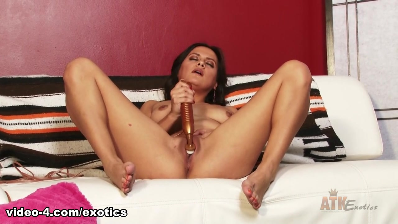 Porn pictures How to make her squirt with dick