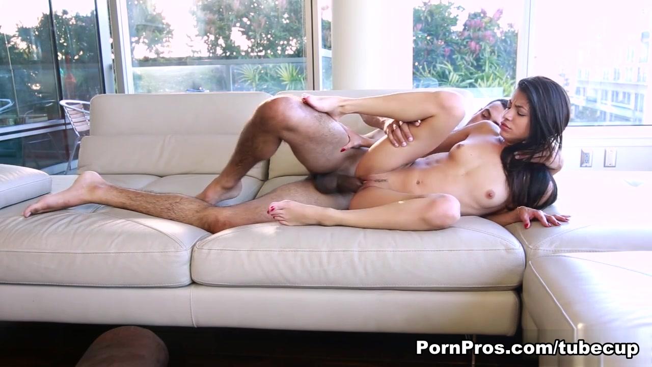 Adult videos Monster dildo pleasing naughty babes