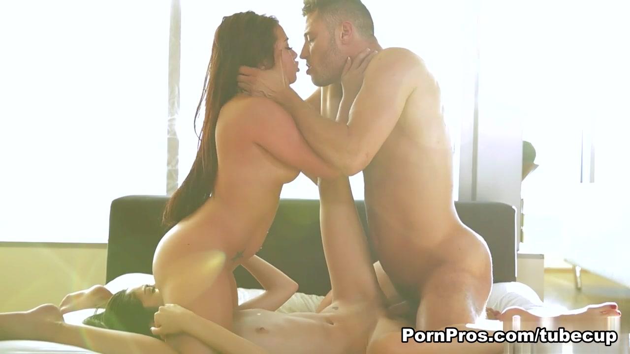 Porn Pics & Movies Milfs in tight panties
