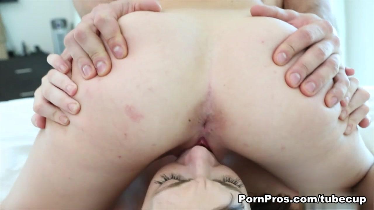 Big natural tits amateur