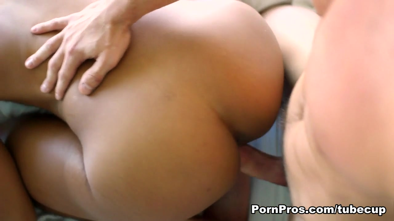 Fucking a plastic pussy Adult videos