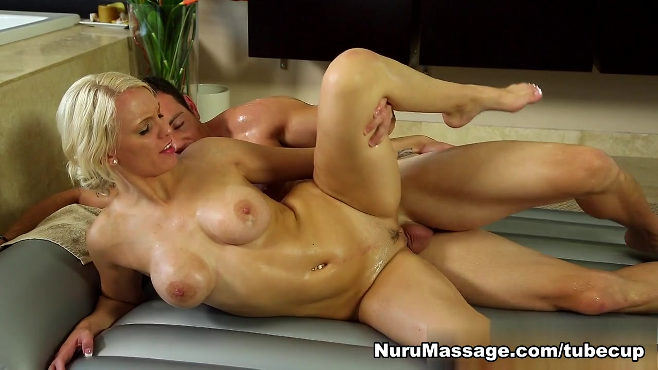 Nude Photo Galleries Hard core lesbian pussy eating