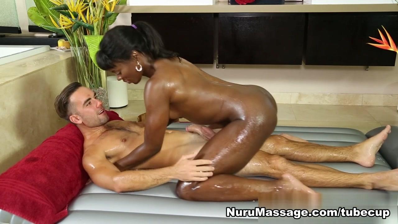 Porn tube Sexy topless milfs beach voyeur video hd