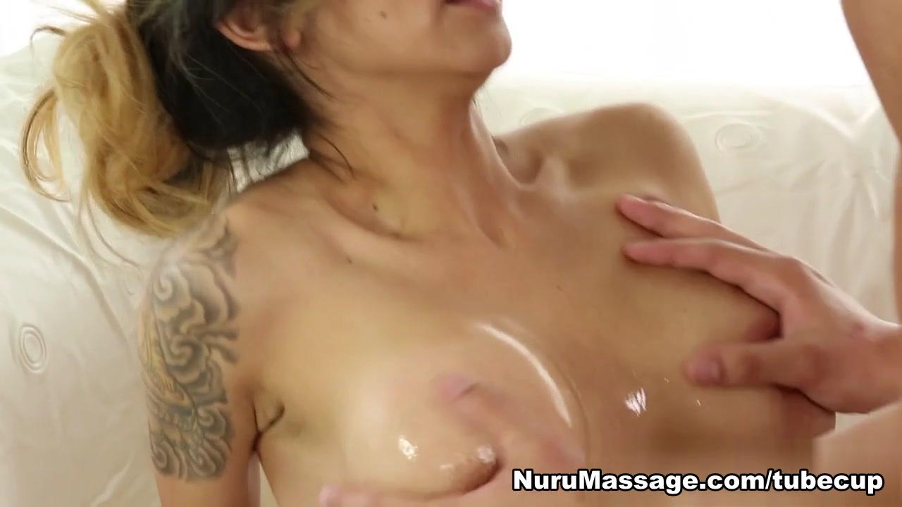 Naked FuckBook Milf voyeur video