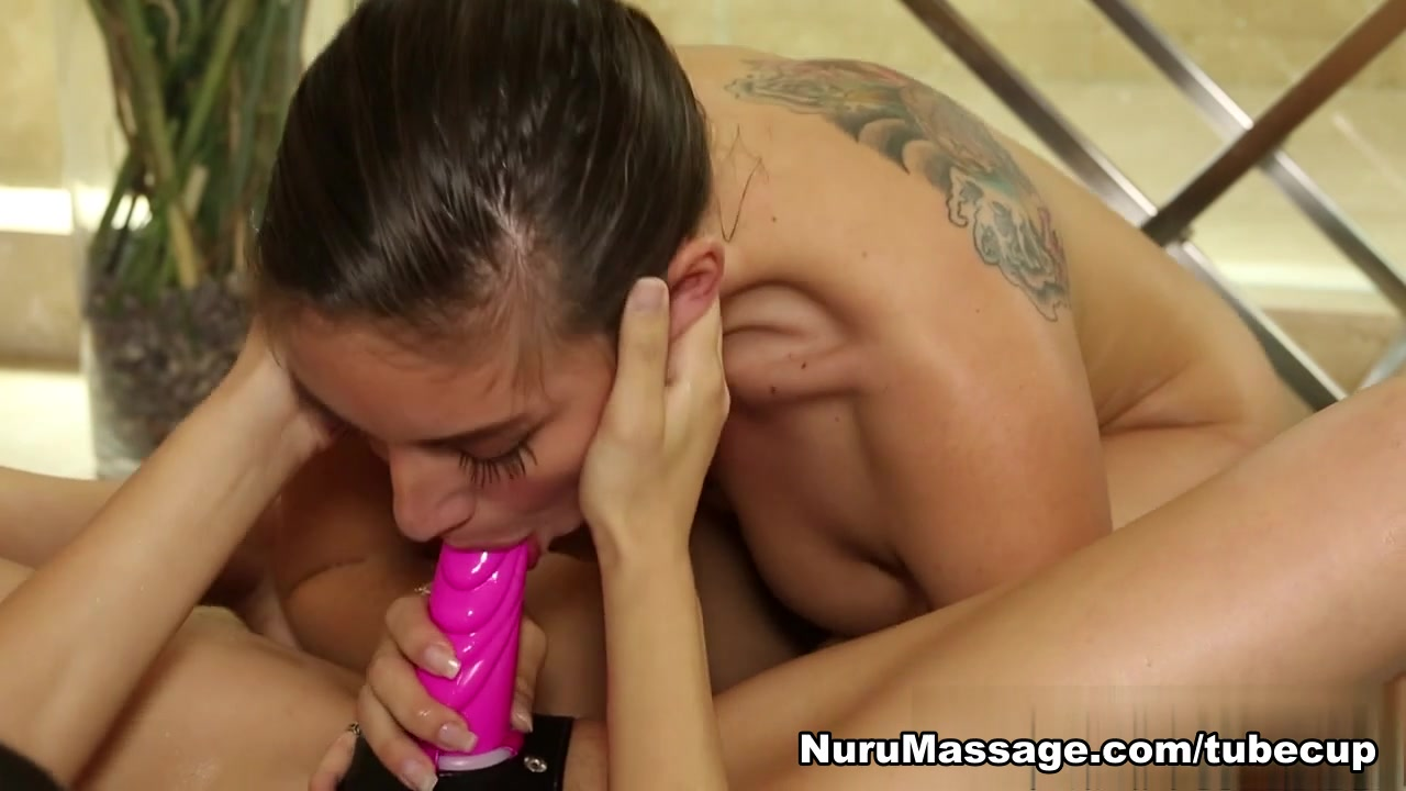 Huge sybian orgasm Porn pictures