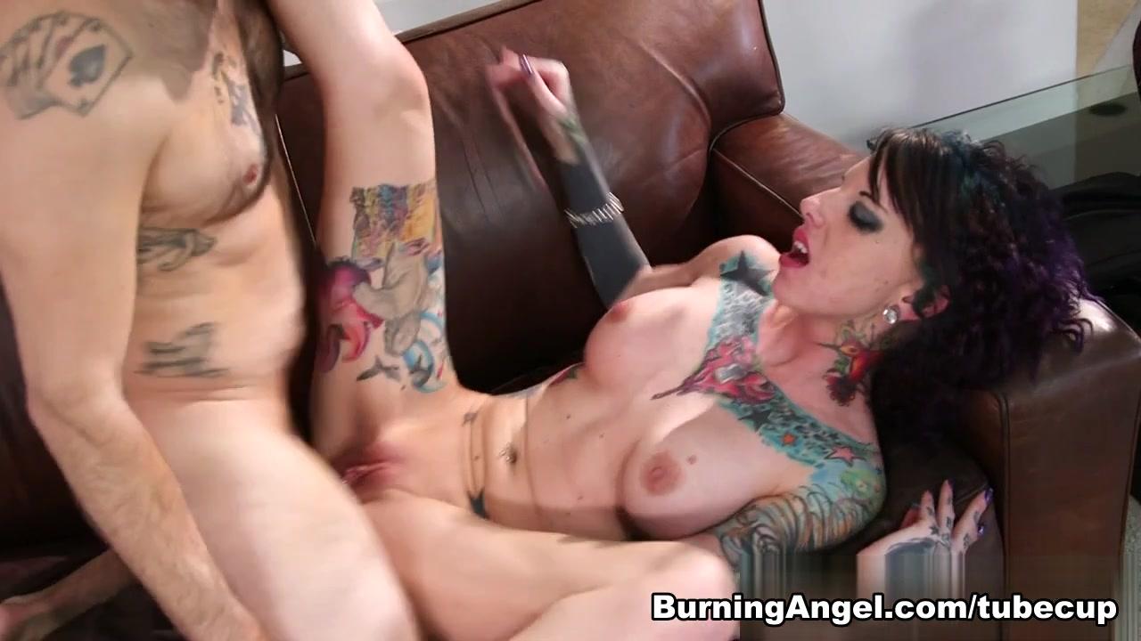 Hot xXx Video Lesbian huge strapon porn