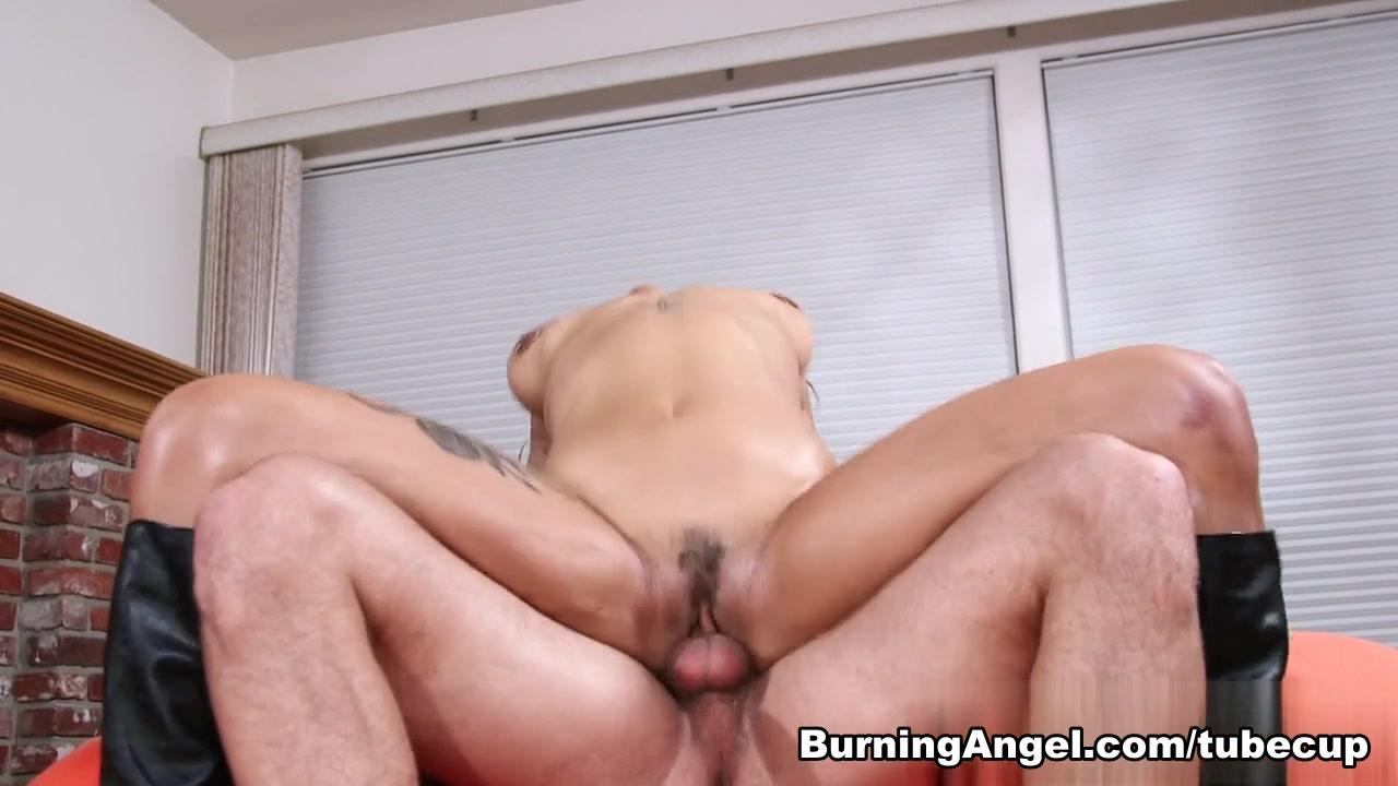 Hot xXx Video Granny and sexy Nurse is enjoying hot threesome