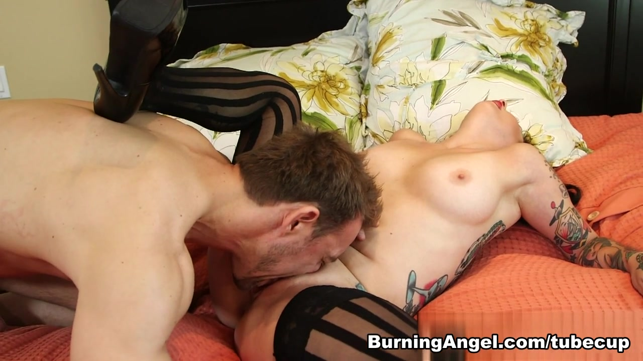 Naked FuckBook Old big tits porn