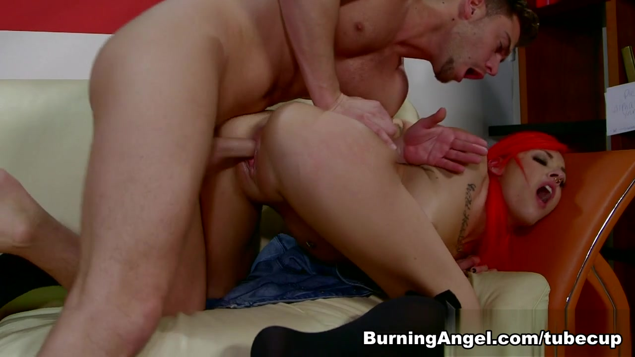 Naked Gallery Seaview hotel wewak dating