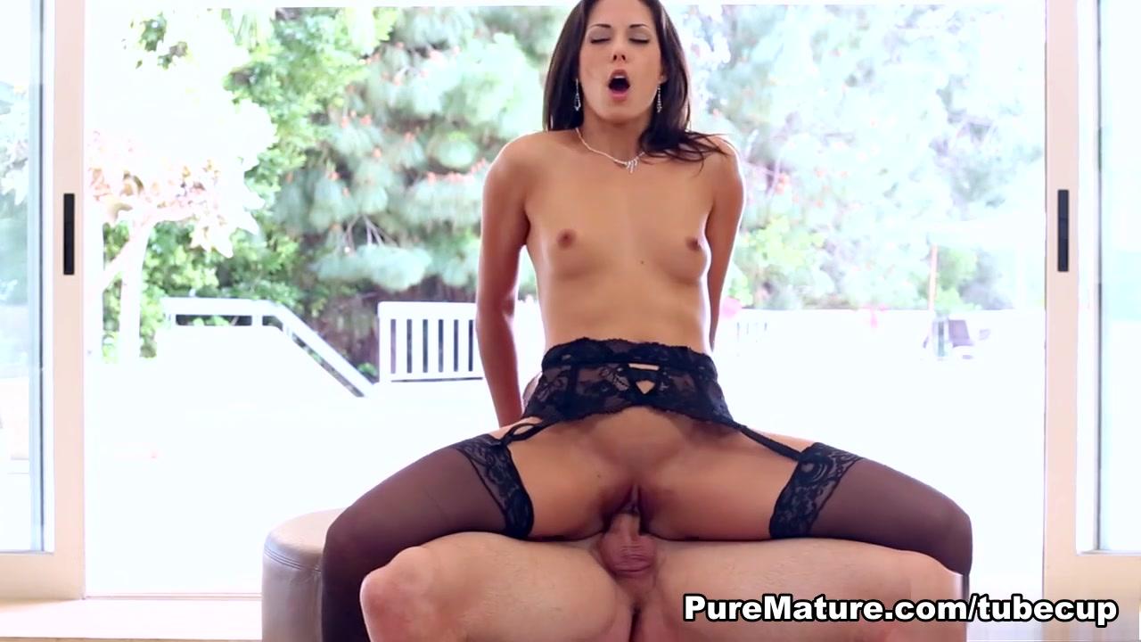 Porn Pics & Movies Heavyplumpers com