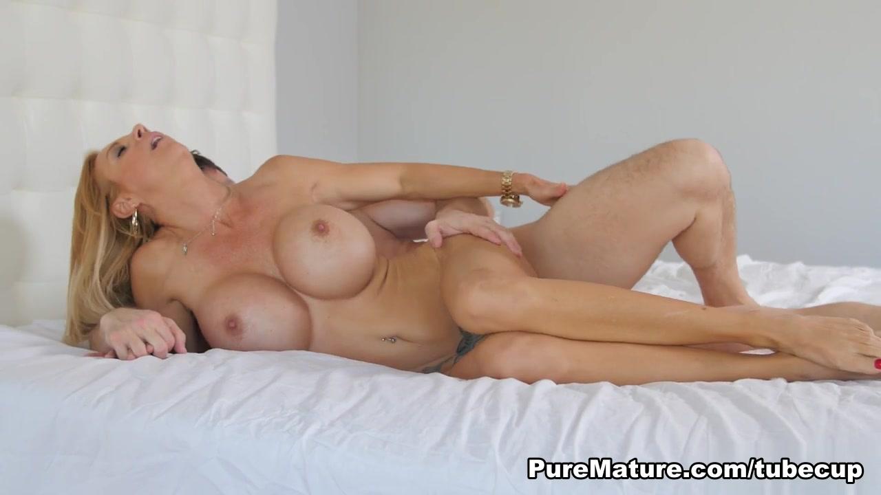 Porn Galleries Ir huge cock webcam milf creampie