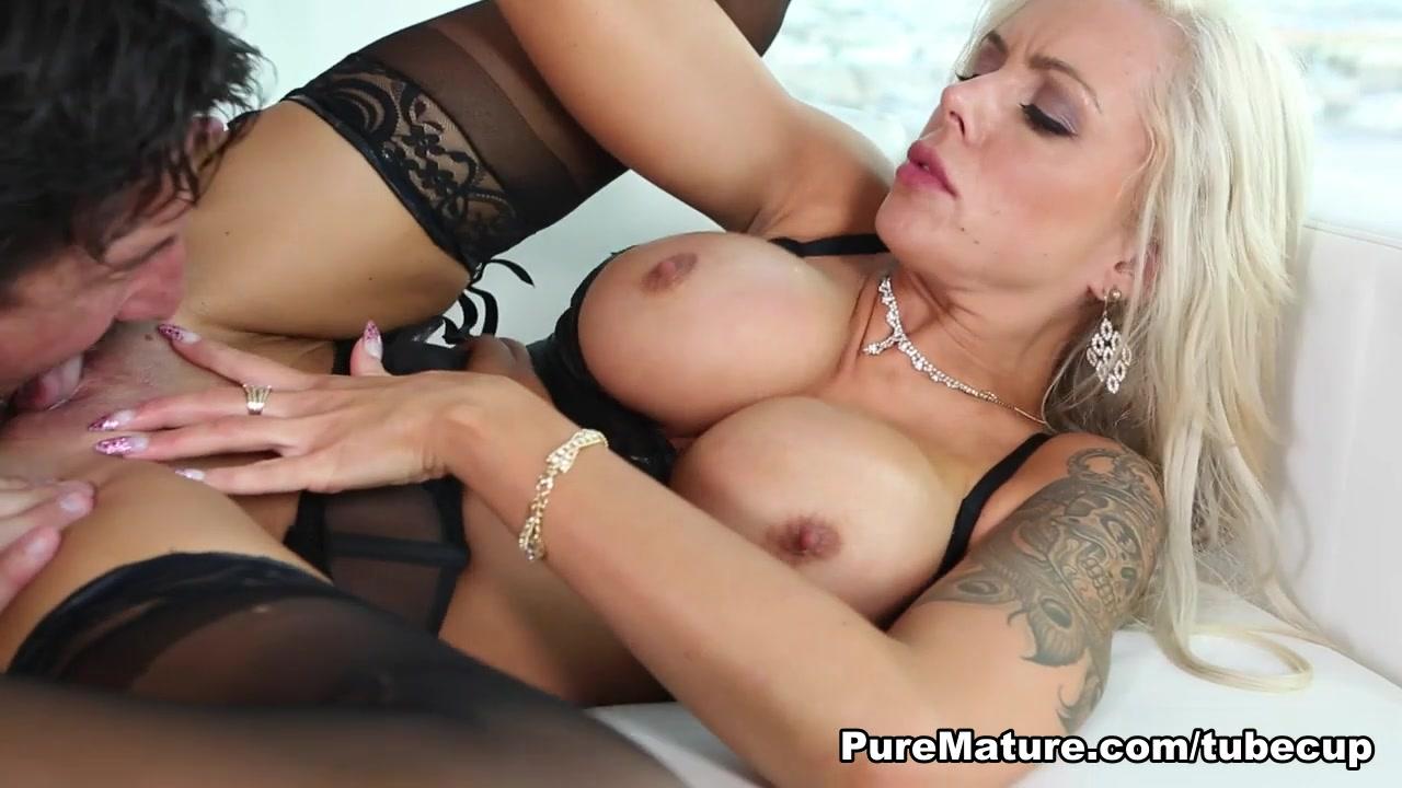 Naked xXx Base pics Beautiful Wife Deep And Hardly