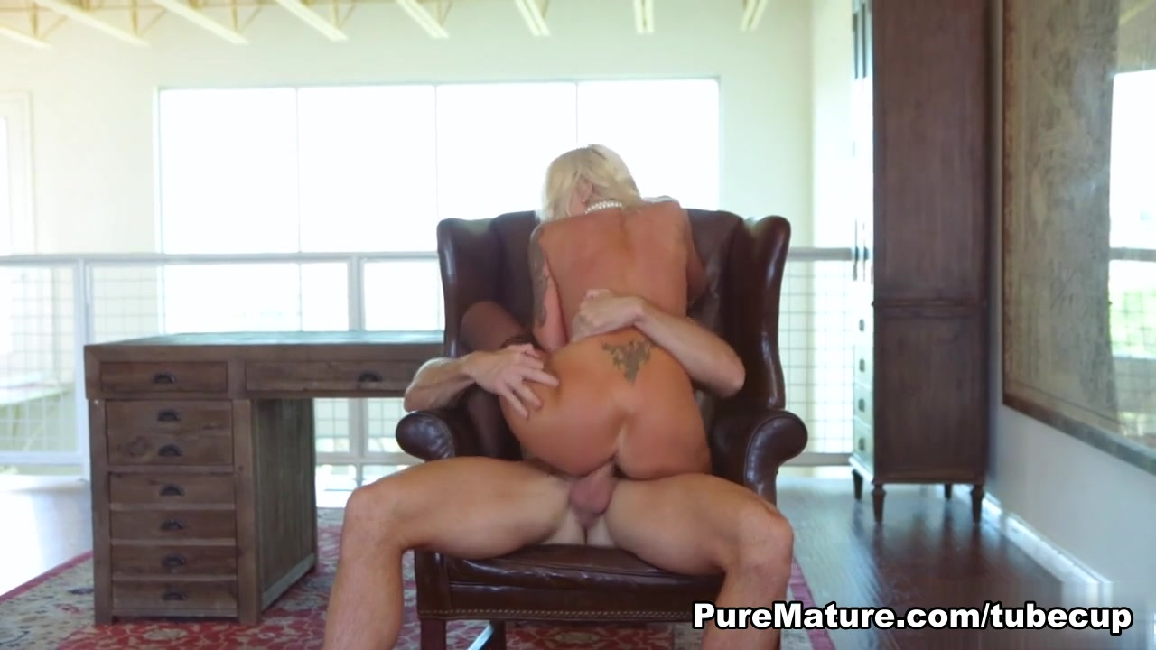 Naked Pictures Mature women wants cum