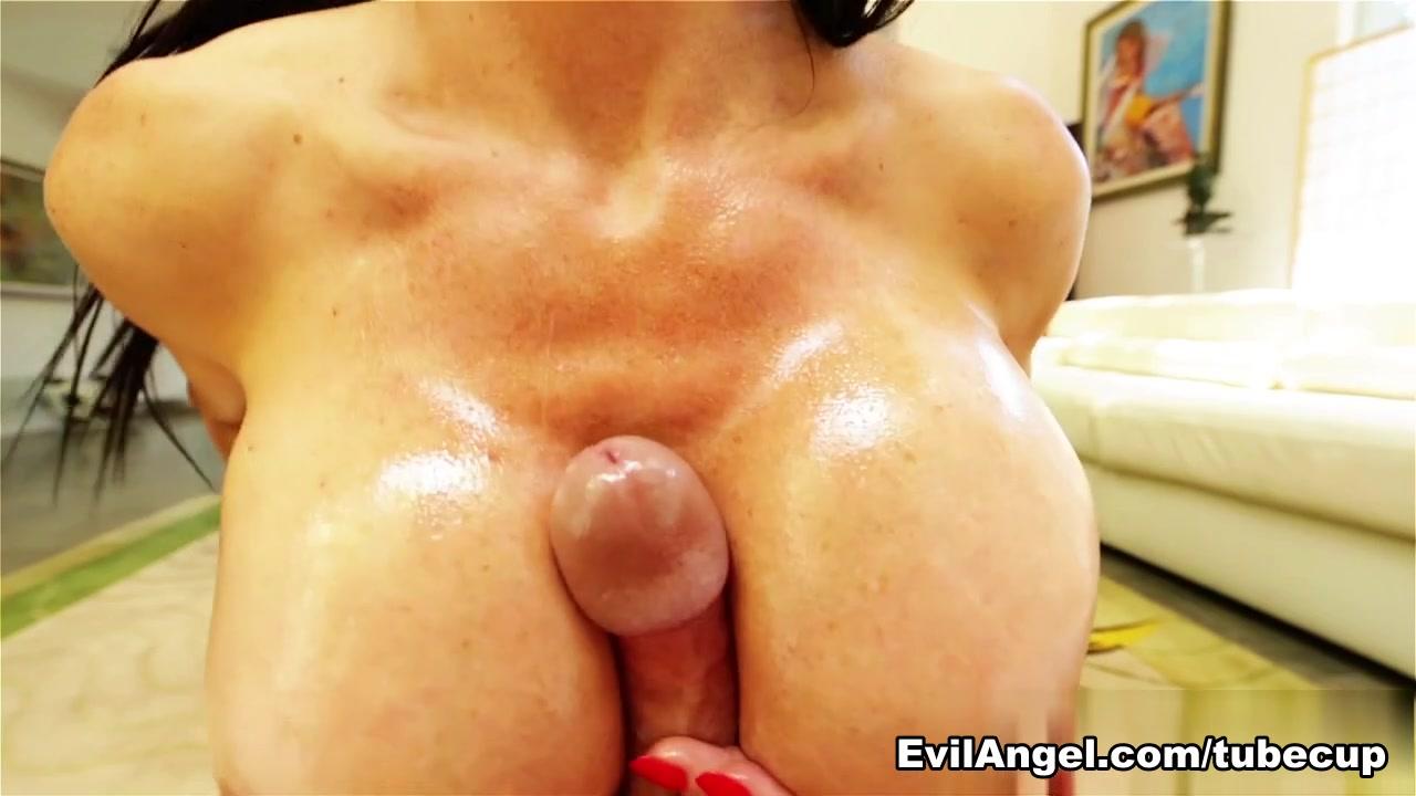 Sexy xxx video College Girl Likes Toys