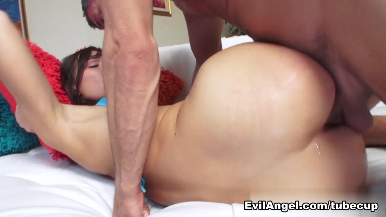 Porn pic Ashlynn brooke porn pics