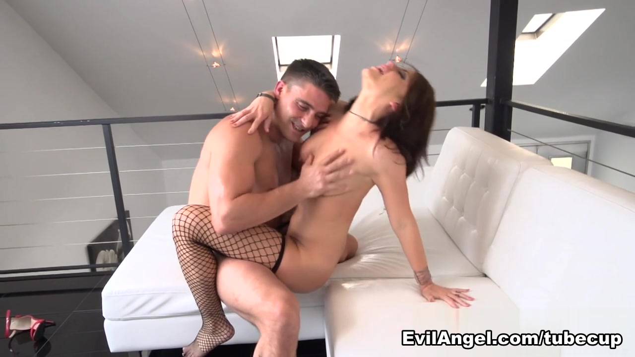 Hot xXx Pics What is a cock ring
